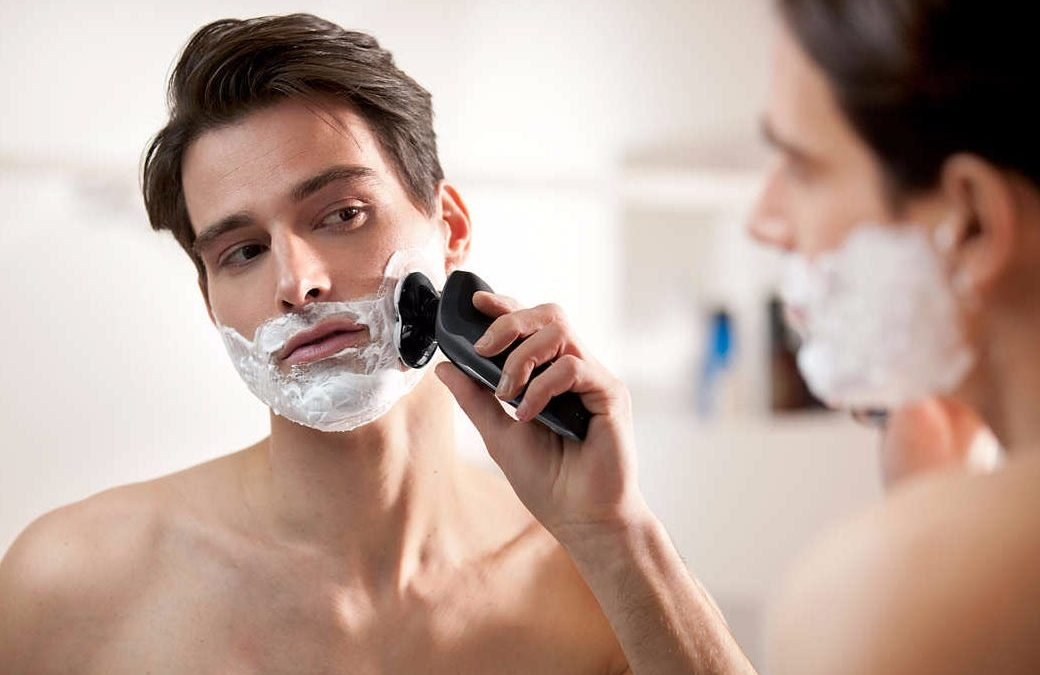12 Best Electric Shavers For Men [2021]