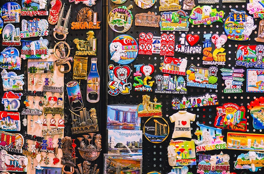 10 Best Souvenir To Buy in Singapore [2021]