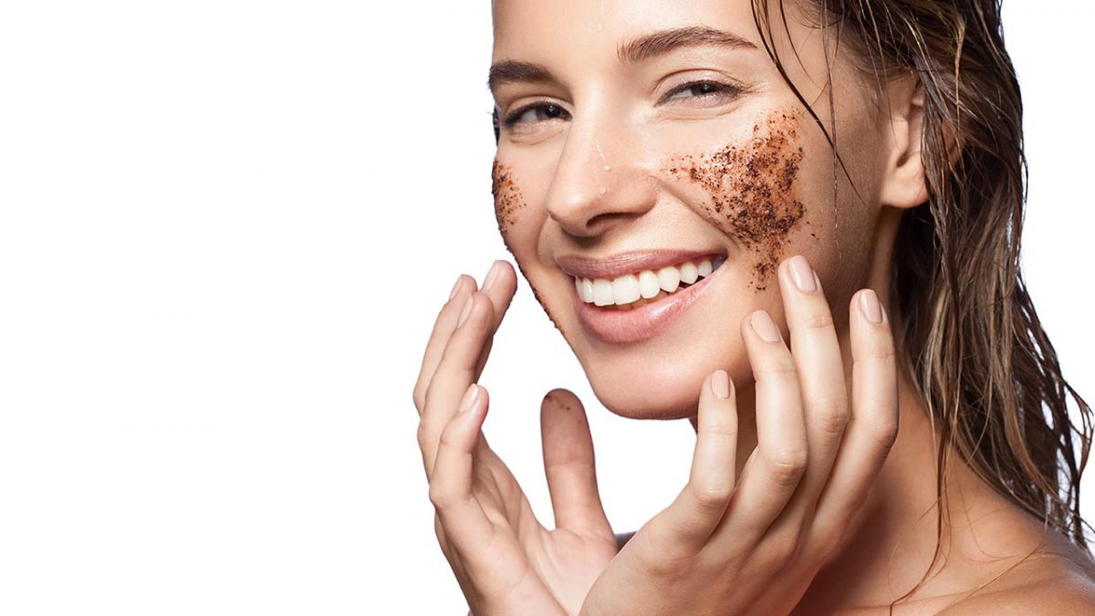 7 Best Facial Scrubs in Singapore [2021]