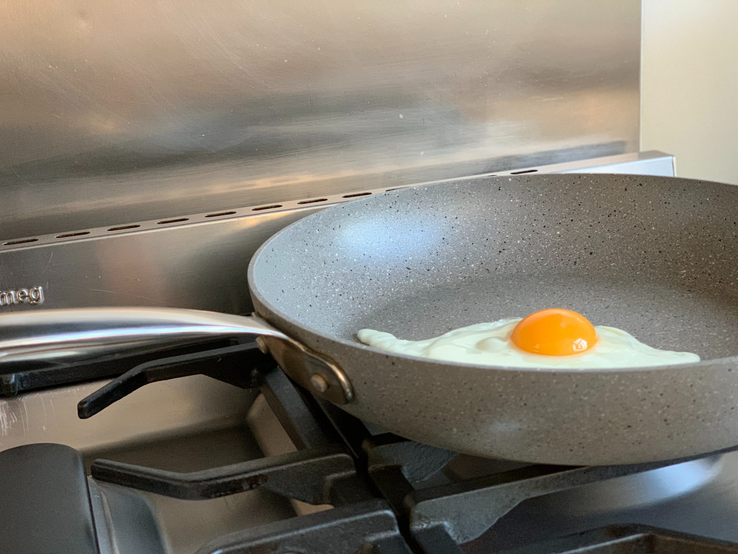 10 Best Non-Stick Frying Pans to Buy in Singapore