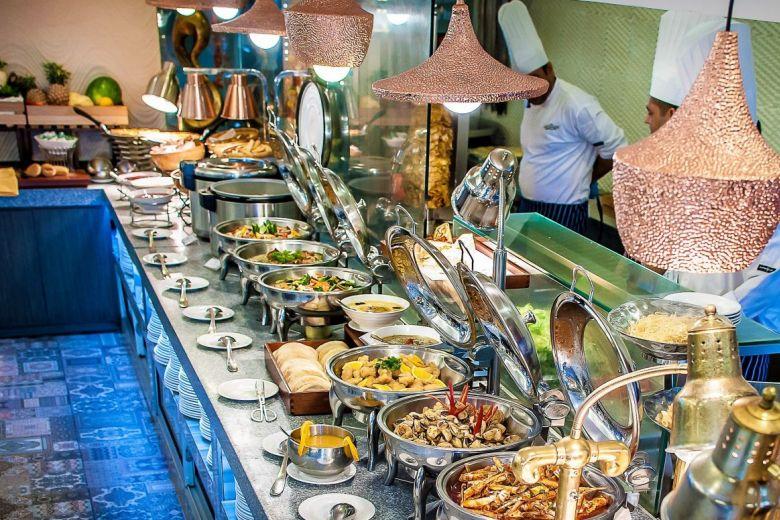 20 Best Halal Buffets in Singapore [2021]
