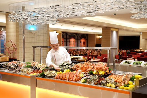 10 Amazing Buffet Deals in Singapore