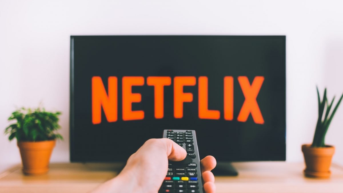 Best 7 Netflix Shows You Must Watch