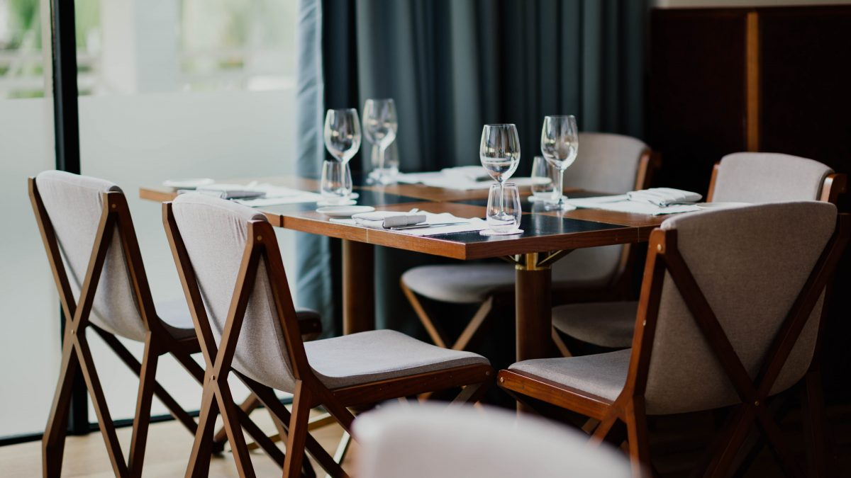 10 Best Extendable Dining Tables to Buy in Singapore