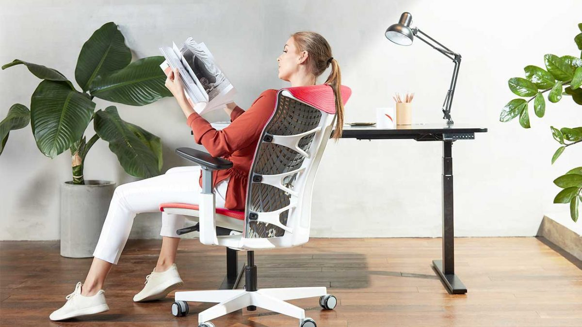 10 Best Ergonomic Chairs in Singapore [2021]