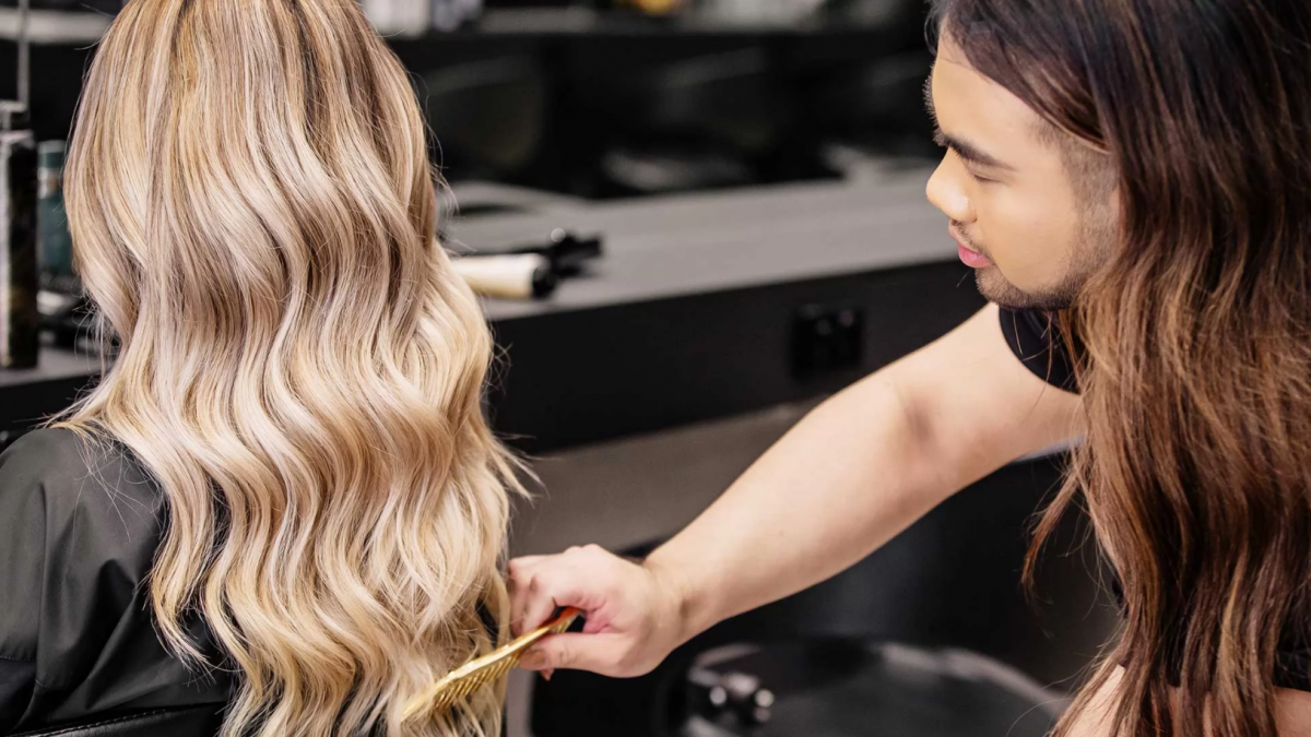5 Best Hair Extension Salons in Singapore [2021]