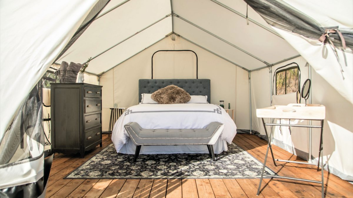 10 Best Glamping Spots in Singapore [2021]