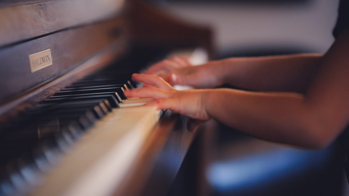 10 Best Piano Lessons in Singapore [2021]