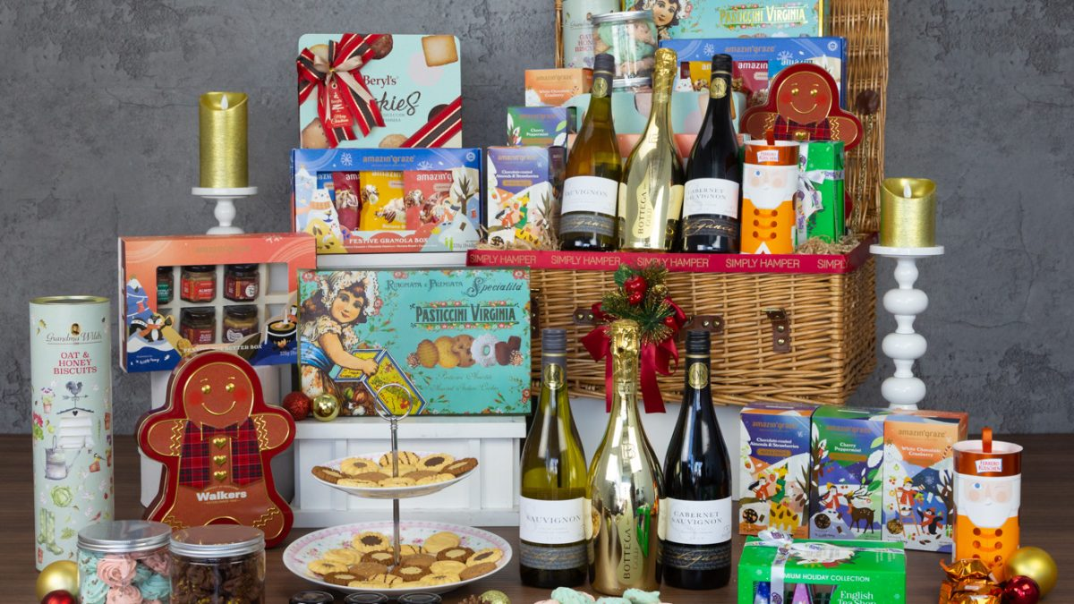 15 Best Corporate Gift Baskets in Singapore [2021]