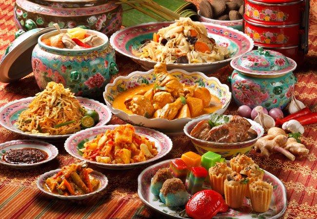 10 Best Delicious Peranakan Food in Singapore [2021]