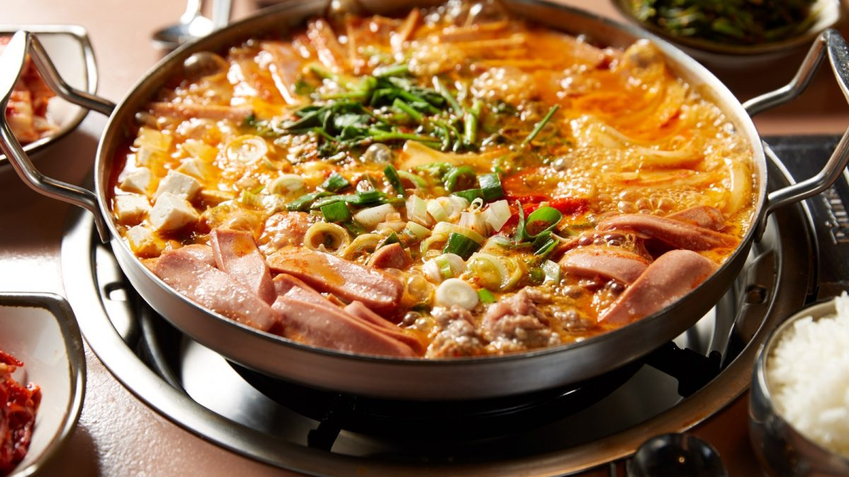 12 Best Army Stew (Budae Jjigae) in Singapore [2021]