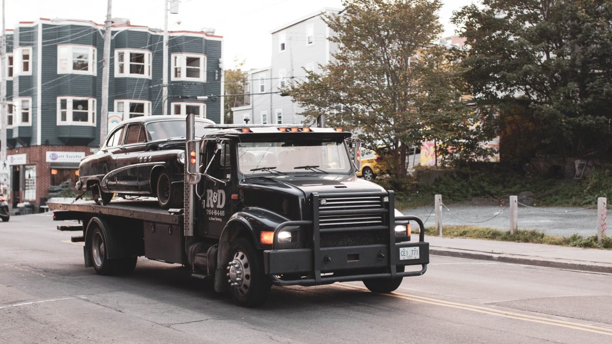 10 Best Tow Truck Services in Singapore | Fast & Trustable [2021]