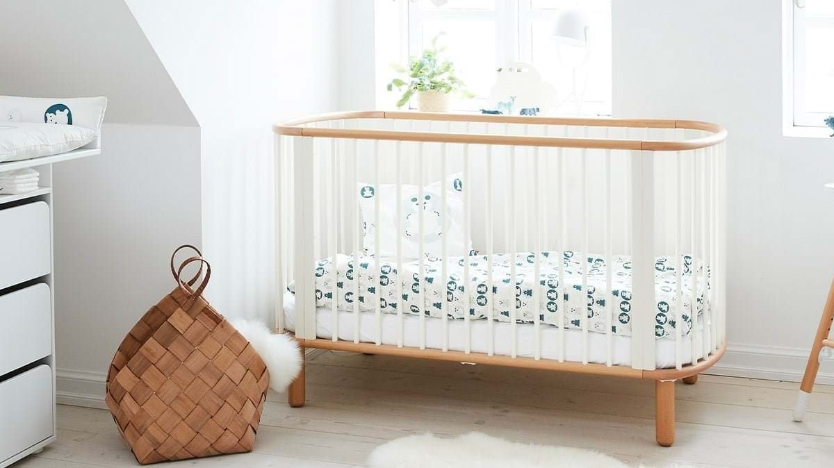 10 Best Baby Cots in Singapore | For Safety & Comfort [2021]