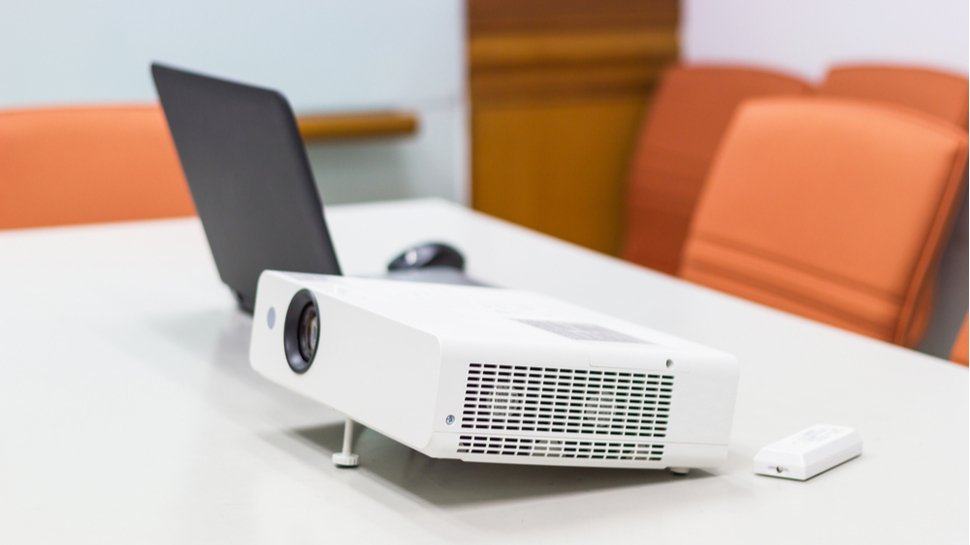 10 Best Portable Projectors in Singapore [2021]