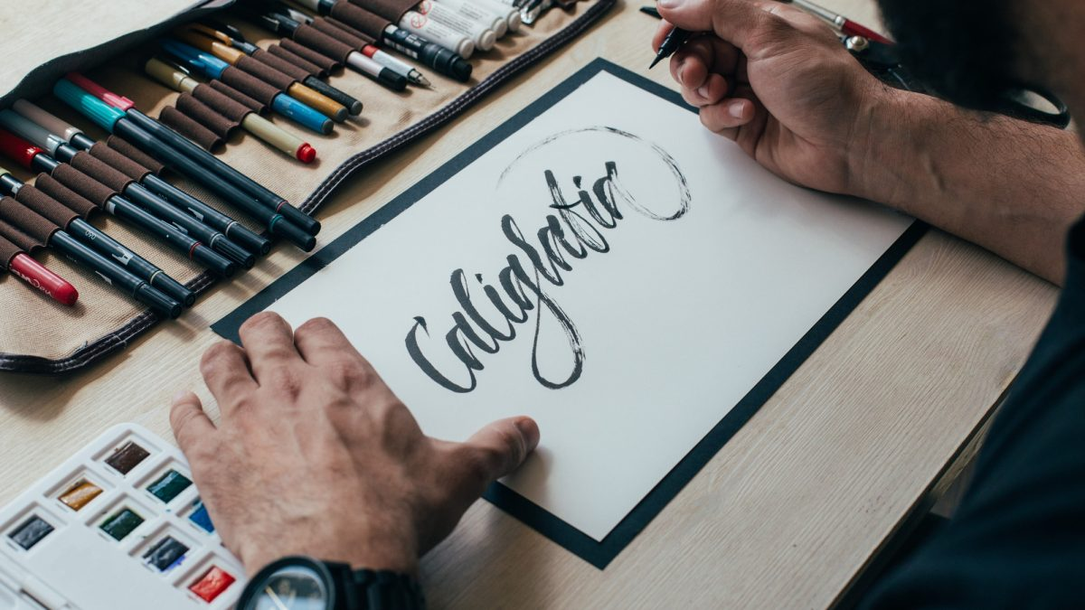 10 Best Calligraphy Pens in Singapore To Help You Create Some Art 2021