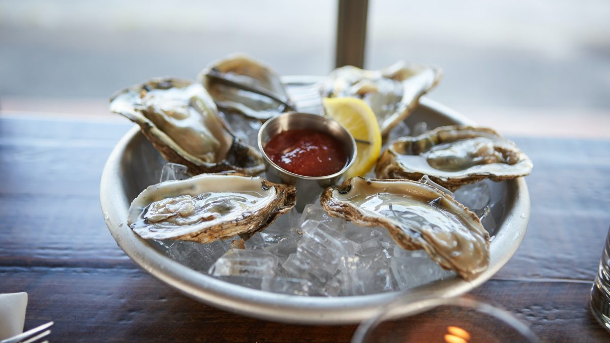 10 Best Oyster Bars That Are Delicious and Affordable in Singapore